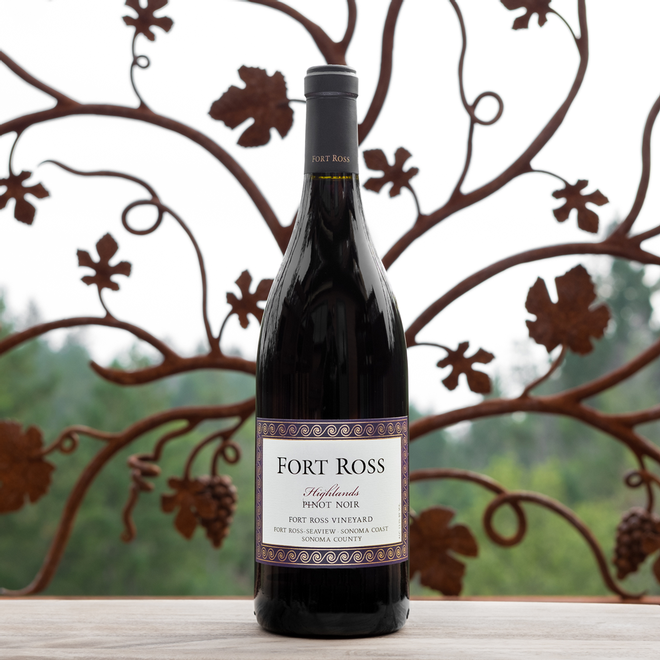 2014 Highlands Pinot Noir Image